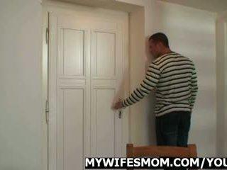 妻子 pissed 离 事业 我 刚 性交 她的 妈妈