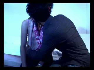 Aziatisch koppel op hun eerste seks video-