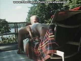 古い 男 fucks younng レトロ 女性