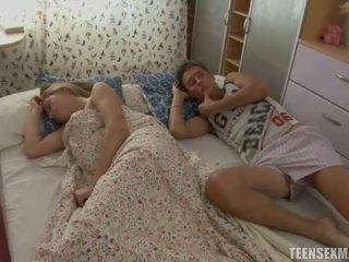 adormecido, adolescente