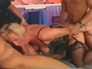 Γερμανικό ώριμος/η γαμήσι από συμμορία
