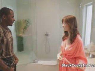 bruneta, interracial, masáž