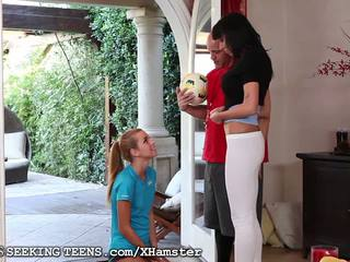 Jessie Rogers Fucked by Couple after Soccer: Free Porn 6d