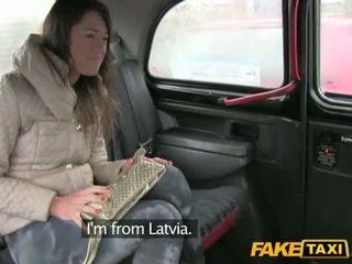 Kuum gal pärit latvia perses sisse the cab