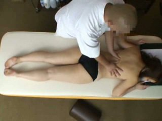 Mosaic: kone reluctant orgasme under massasje 2