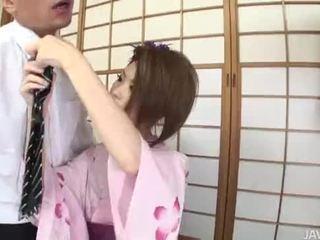 Rinka plays geisha ve has onu seçki stuffed tam