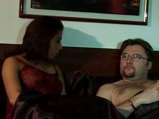 брюнетка, оральний секс, заковтнути