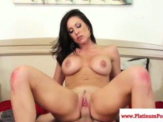brunette Iň beti, amateur, more hardcore