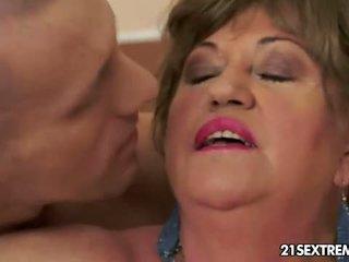 hardcore sex, büyükanne, oral seks