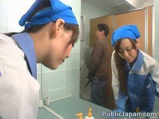 아시아의 executive 소녀 엿 에 a 공공의 버스 무료 비디오