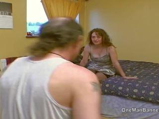 Jelek dewan estate gadis nakal willing untuk melakukan anal di camera