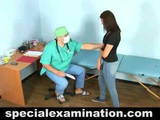 23 yo vika dan terangsang gynecologist