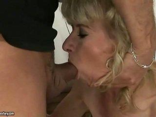 hardcore sex, vechi, bunică