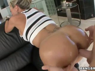 Brandi Love has one hot ass