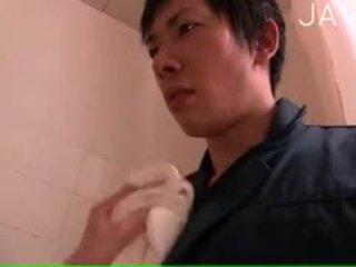 japonec, velká prsa, prstoklad