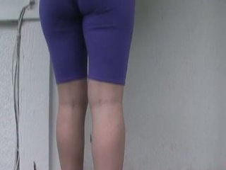 Tobi pacific gwiazda porno wetting spandex pants