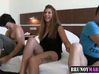 испански, тройки, 18 години
