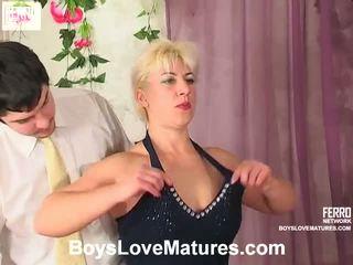 Penny adam mẹ và con trai video