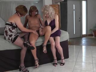 crossdresser, kelompok tiga orang, amatir