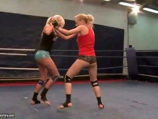 best lesbian quality, quality lesbian fight, hq muffdiving great