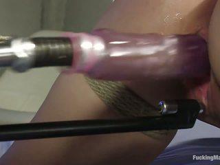 性玩具, 黑发, 色情明星