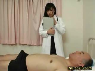 japonez, exotic, asistente medicale
