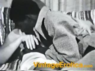 Nešvankus vintažas varpa dicklicking filmas nearby ištvirkęs medus