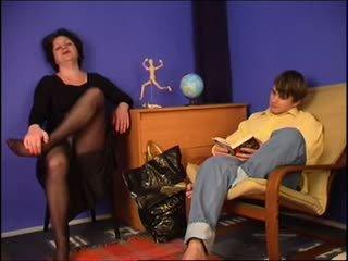 fajčenie, babička, nohavičky