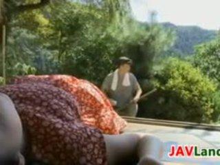 The makea japanilainen tyttö wants kohteeseen naida