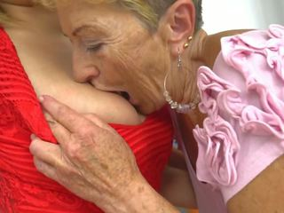 Is Great Have a Lesbian Granny, Free G...