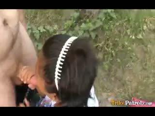 Filipina Schoolgirl Fucked Outdoors In Open Field By Tourist