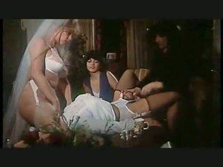 lesbietes, augstiem papēžiem, apakšveļa