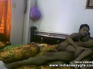 Desi sister bruder muschi fingern und blowjob vor ficken bei hausgemacht sex video