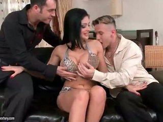 Aletta ocean enjoys सेक्स साथ two guys