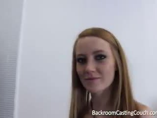 Redhead footjob dronning anal og squirting casting