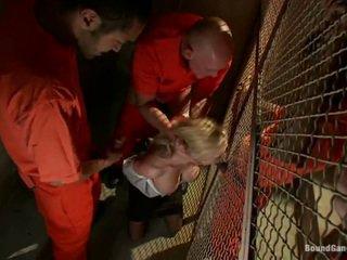 Prisoners var laid bir bok dışarı arasında samantha sin