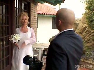 Taylor lynn fucks på henne bryllup
