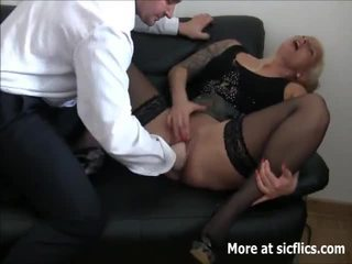 Brutal fist baise squirting orgasms