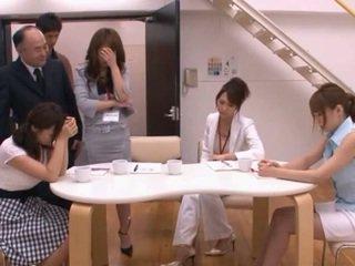 Japansk av modell taking pocket rocket