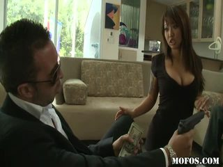 Azijke porno female tastes the stvar