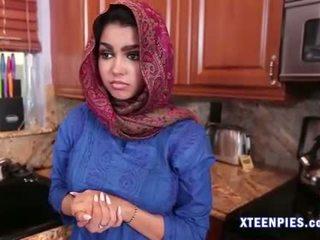 Sexy arab utie ada creampied por grande caralho depois a foder