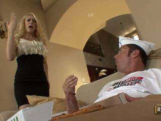 Blonde milf undresses and does blowjob for pizza guy with pizza on