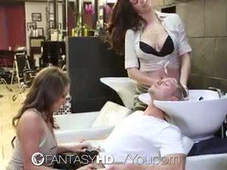 Fantasyhd - 辣妹 lily 和 holly 有 三人行 在 beauty salon