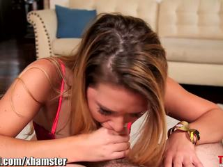 Abby पार throated
