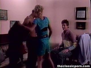 Tempting vähän female beaded onto two members