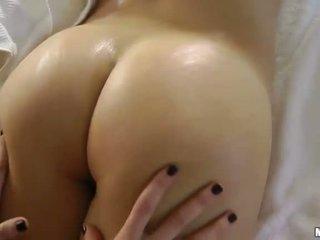 ruskeaverikkö, ihanteellinen eroottinen hieronta kuumin, hieronta