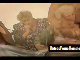nhóm quan hệ tình dục, bà nội, video