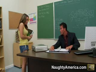 Natasha agréable porno