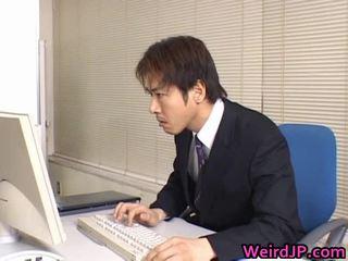 Cute asia sekretaris dilatih