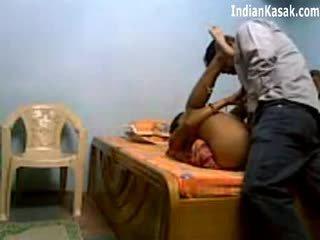 Hinduskie servant pieprzenie bardzo ciężko z houseowner w sypialnia
